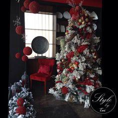 Diseño de vitrina navideña para sala de exhibición de servicio de decoración de eventos