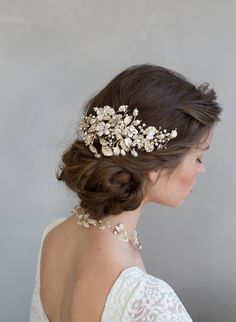 Crystals and foliage bridal hair comb