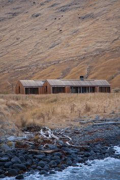 Scrubby Bay Farmhouse, Annandale, 2014 - Pattersons