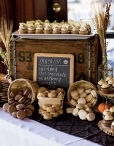 Sumptuous sweets & tasty treats with rustic decor.