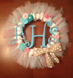 Shabby Chic Tulle Wreath from Mome Rath Crafts