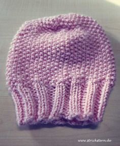 Knitting Patterns Beanie Instructions: knit a warm hat - easy and fast. This knitting pattern for a cuddly . Baby Knitting Patterns, Free Sewing, Knitting Patterns Free, Free Knitting, Crochet For Boys, Crochet Baby, Knit Crochet, Knitted Headband, Knitted Hats