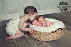 Twins newborn photography