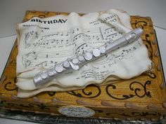 Totally cool flute cake!  So <3 <3 <3 <3 <3 <3 this cake!