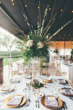 Photography : Anna Delores Photography | Styling : Vanessa Noel Events | Reception : Koetsier Ranch | Florist : Sweet Memories | Coordination : Vanessa Noel Events Read More on SMP: http://www.stylemepretty.com/2014/08/20/elegant-modern-california-ranch-wedding/