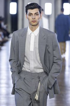Cerruti, Printemps/été 2018, Paris, Menswear