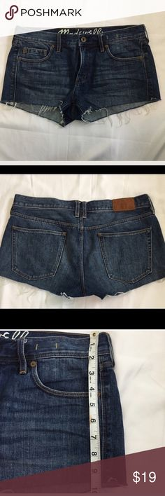 🎀3 For $30 Madewell Shorts Size 29 Madewell blue denim shorts. Frayed hems. Excellent condition.  Size 29 Length approximately 9 1/2 inches  Please see pictures for all other measurements. Madewell Shorts Jean Shorts