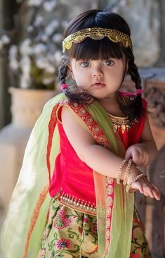 Cute Little Baby Girl, Cute Baby Girl Pictures, Baby Love, Cute Babies, Cute Baby Dresses, Baby Boy Dress, Cute Kids Photography, Lovely Girl Image, Cute Baby Videos