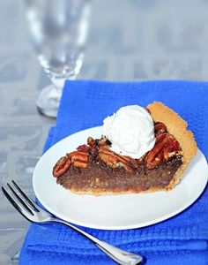 Healthy (Vegan) Chocolate Pecan Pie. Ingredients:     1 C raw pecans (plus extras for garnish)     12.3 oz silken-firm tofu (one Mori-Nu package)     2 t pure vanilla extract     1/4 t salt     2 t cornstarch or arrowroot     1/2 C agave or pure maple syrup (See nutrition link, below, for a sugar-free idea)     pinch uncut stevia OR 1 tablespoon sugar      2 T molasses (or more agave, if you don't want a molasses flavor)     2 T cocoa powder / ChocolateCoveredKatie.com