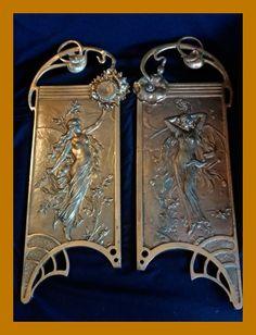 Online veilinghuis Catawiki: A pair of large wall plaques - Art Nouveau Jugendstil - semi-nude nymph