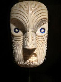 Rangi Kipa Maori Face Tattoo, Facial Tattoos, Sculptures, Lion Sculpture, Maori Art, Bone Carving, Tribal Art, Statue, History