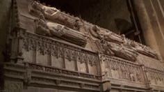 Tumbas reales de la Casa de Aragón, monasterio de Poblet...