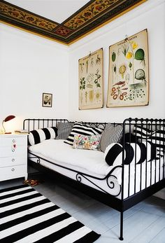 Cute iron rod looking daybed. I believe this one is from Ikea? If not Ikea has one pretty similar to it. Ikea Daybed, Daybed Room, Sofa Bed, Couch, Daybed Pillows, Bed Rug, Style At Home, White Daybed, Metal Daybed