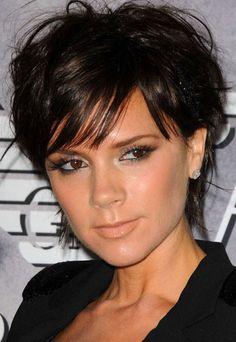 Victoria Beckham short hair style