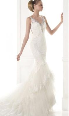 Sample Pronovias MARLA Wedding Dress $2,415 CAD. Buy it PreOwned now and save 30% off the salon price!