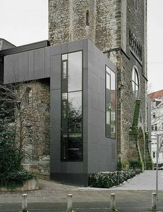 Product Information: Exterior Cladding 300m² concrete skin 13 mm Colour: 04 anthracite Surface: MA Matt