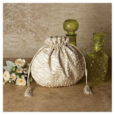 Coin Purse Wallet, Pouch, Clutch Bag, Potli Bags, Bag Display, Fru Fru, Stylish Handbags, Leather Flowers, Beaded Bags