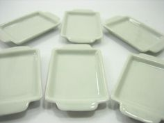 18x25 mm Set of 6 Hand Painted Baking Pan//Tray Dollhouse Miniatures Supply Deco