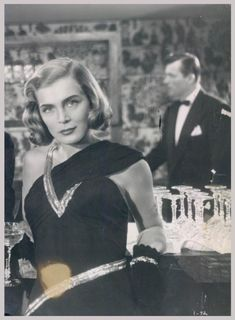 Everything Lizabeth Scott - the one and only Old Hollywood Movies, Old Hollywood Glamour, Hollywood Fashion, Vintage Glamour, Hollywood Actresses, Classic Hollywood, The Best Films, Great Films, Lizabeth Scott