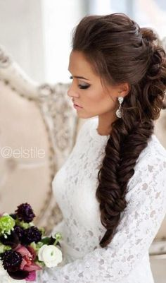 From fishtail to waterfall and classic to French, there countless wedding hairstyles with braids that are perfect for wedding day.