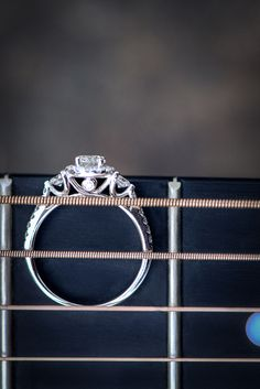 Engagement ring with guitar