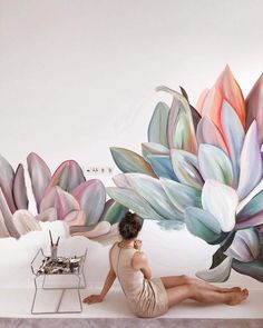 Artist and illustrator Lilit Sarkisian paints flower mural art that makes ordinary rooms bloom with personality. Mural Floral, Flower Mural, Flower Wall, Art Mural, Mural Painting, Art Deco Paintings, Flower Paintings, Street Mural, Street Art