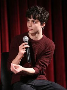 Actor Lucas Jade Zumann attends The Academy of Motion Picture Arts and Sciences Hosts an Official Academy Screening of CENTURY WOMEN at MOMA - Celeste Bartos Theater on December 2016 in New York City. Gilbert Blythe, Anne Shirley, Anne Of Green Gables, Pretty Boys, Cute Boys, Jade, Gilbert And Anne, 20th Century Women, Anne White