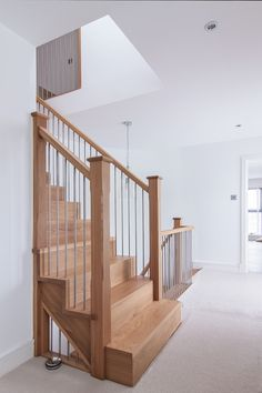 Inventive Staircase Design Tips for the Home – Voyage Afield Stairs Cladding, Timber Staircase, Staircase Handrail, Wooden Staircases, Staircase Design, Oak Stairs, Stair Spindles, Iron Stair Railing, Metal Spindles