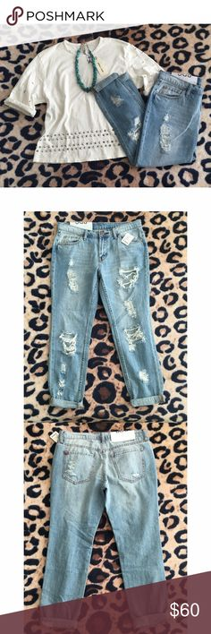 Urban Outfitters / BDG Distressed Boyfriend Jeans These are hands down the perfect pair of boyfriend jeans you will ever own! Has just the right amount of distress to them and soft denim material. Never worn! Only selling because they don't fit me. 😔 Urban Outfitters Jeans Boyfriend