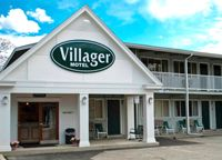 The Bar Harbor Villager is a motel in Bar Harbor, Maine offering comfortable, clean rooms with modern amenities to serve as your home away from home. Arcadia National Park, National Parks, Gronala Bars, Bar Harbor Inn, Downtown Restaurants, Have A Great Vacation, Outdoor Swimming Pool, Motel, Restaurant Bar