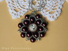 Делаем кулон из бисера и бусин. Making pendant of beads and beads. - YouTube