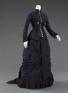 Mourning dress 1877
