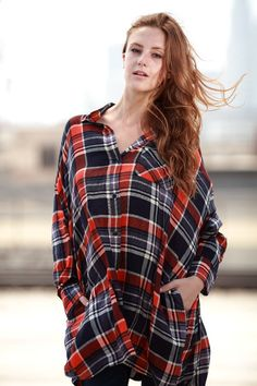 Plaid Shirt With Pockets - Red/Blue