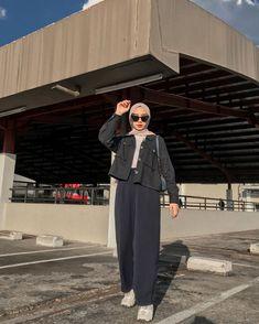 Hijab Fashion Summer, Modest Fashion Hijab, Modern Hijab Fashion, Street Hijab Fashion, Casual Hijab Outfit, Hijab Fashion Inspiration, Ootd Hijab, Muslim Fashion, Look Fashion