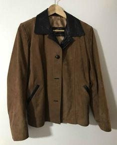 CHARRUA CUEROS JACKET GENUINE LEATHER, MADE IN ARGENTINA, SIZE M Leather Trench Coat, Biker Leather, Parka Coat, Leather Jacket, Fashion Sale, Raincoat, Jackets For Women, Lady, How To Make