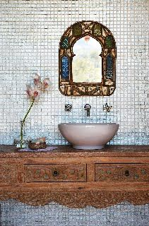 So pretty, I like this idea for the main bathroom, it appeals to my love of all things Moroccan.