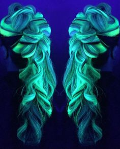 Les cheveux «Glow in the dark» sont partout cet hiver