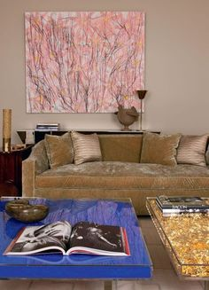 London home of Caroline Sarkozy >>> table d'Yves Klein et tableau de Ghada Amer