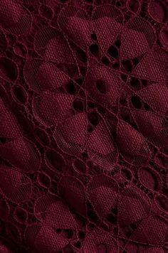 Dolce Vita Red Dv By Pissaro Daisy Lace Romper in Burgundy Shades Of Burgundy, Burgundy Wine, Maroon Color, Burgundy Color, Magenta, Burgundy Shoes, Burgundy Flowers, Burgundy Aesthetic, Color Borgoña