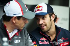 """Vergne: """"Listen, we are the more experience drivers, let's start a rumor that Esteban and Daniil are lovers and maybe we'll get to keep our drives from next season!"""""""
