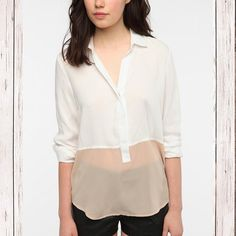 Sparkle & Fade Colorblock Blouse From Urban outfitters. Excellent preloved condition. Size Medium Sparkle & Fade Tops Blouses