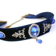 Blue Velvet Victorian Choker Sapphire Glass Jewel Swarovski crystal... ❤ liked on Polyvore featuring jewelry, sapphire jewelry, swarovski crystals jewelry, swarovski crystal jewelry, sapphire jewellery and twist jewelry