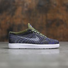 reputable site 053ba 4bb5c Nike Women Tennis Classic Ultra Flyknit (olive   olive flak   white-deep royal  blue-black)