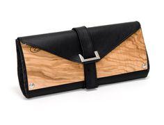 Мне всё больше нравятся различные вещи из дерева. Совсем недавно я нашла вот эти сумки от дизайнера Норберта Оэтла. wooden bag bois sac