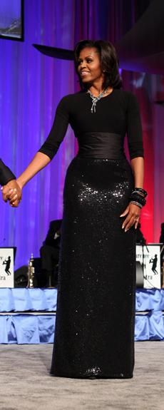 LOVE this Dress:) Very lovely and flattering dress on Michelle Obama.