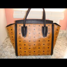 MCM Large Tote Excellent condition, comes with dustbag and authenticity card MCM Bags Totes