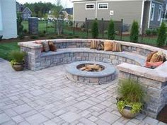 Classy Small Backyard Patio Design Ideas - Page 3 of 67 Fire Pit Seating, Fire Pit Backyard, Firepit Deck, Deck Patio, Cozy Backyard, Fire Pit Next To Pool, Curved Patio, Low Deck, Patio Privacy