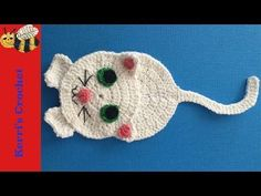 Learn how to make this crochet cat appliqué with my step by step crochet tutorial. If you would like to get the crochet pattern it's on my website at You can Crochet Applique Patterns Free, Cat Applique, Crochet Cat Pattern, Free Pattern, Knitting Patterns, Tutorial Crochet, Applique Tutorial, Loom Patterns, Chat Crochet