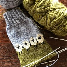 Knitting - freepattern,knit-Beautiful work-in-progress by jumiay, who's knitting the Summer Grazing socks. Are you knitting or crocheting any of our Crochet Slippers, Knit Or Crochet, Free Crochet, Crochet Baby, Knitting Patterns Free, Free Knitting, Baby Knitting, Crochet Patterns, Drops Design