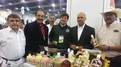 Los sistemas producto que mostraron los participantes michoacanos fueron tomates, pepinos orgánicos, plátano, coco, aguacate, fresa, frambuesa, arándano, limón, café, macadamia, guayaba, trucha, rana y bagre